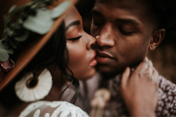 All Kinds of Kissing you didn`t know about