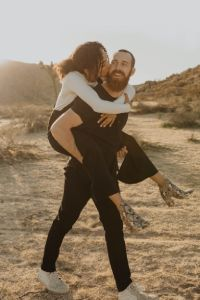 Tinder Dating man and woman